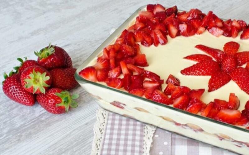 Tiramisu aux fraises Grand classique de la table française