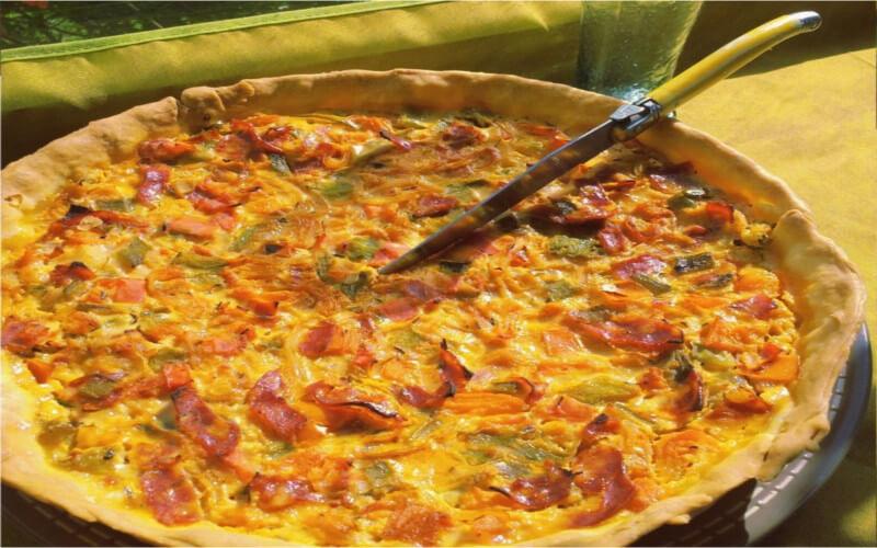 Tarte salée aux poivrons grillés et au chorizo goûteuse