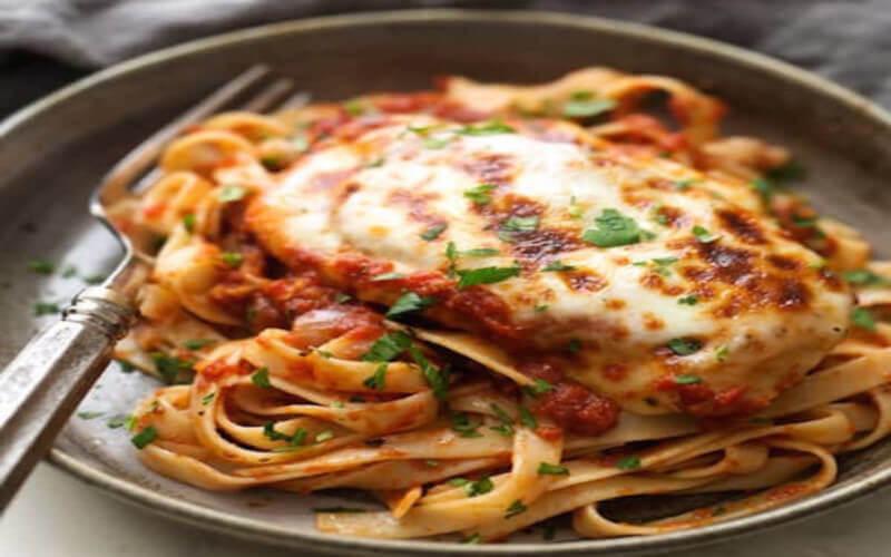 Poulet Mozzarella à la Sauce Tomate recette