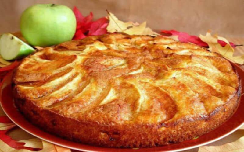 Gâteau aux pommes très moelleux et succulent