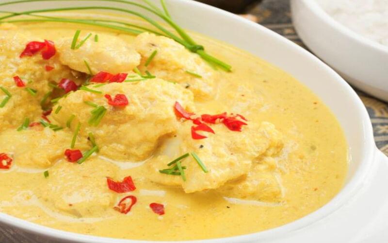 Mijoté de poisson curry et lait de coco très savoureux