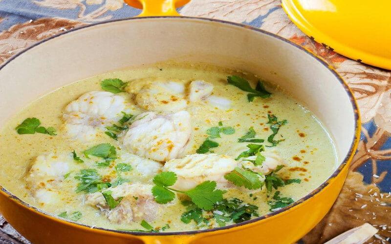 Cocotte de lotte à la thaïe plat familial exotique et parfait