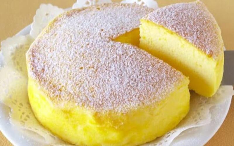 Gâteau Japonais fait avec trois Ingrédients seulement