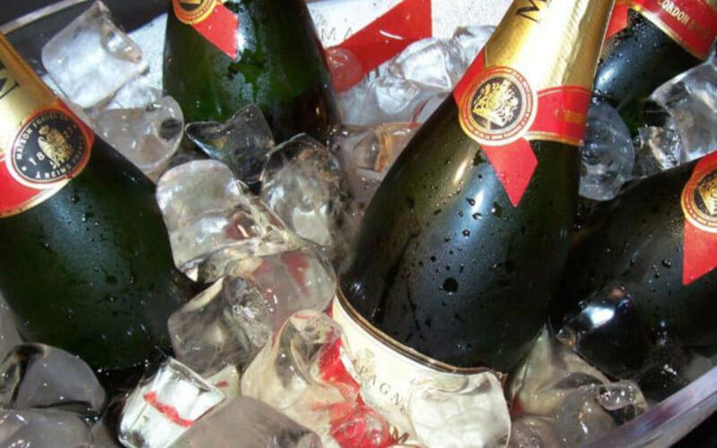 Le champagne permettrait de lutter contre la démence et la maladie d'Alzheimer