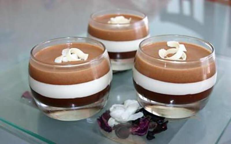 Mousse aux trois chocolat en verrines