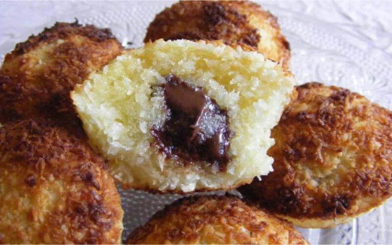 Muffins à la noix de coco cœur de chocolat moelleux
