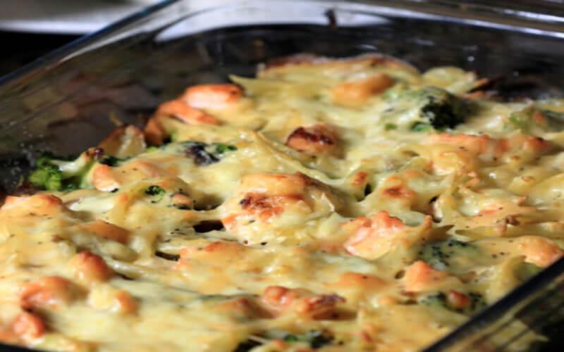 Gratin de brocolis et saumon, sauce Béchamel