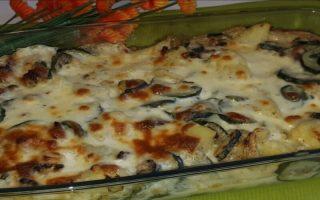 Gratin de courgettes, pommes de terre à la mozzarella