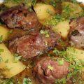 Joues de porc au pommes de terre confites