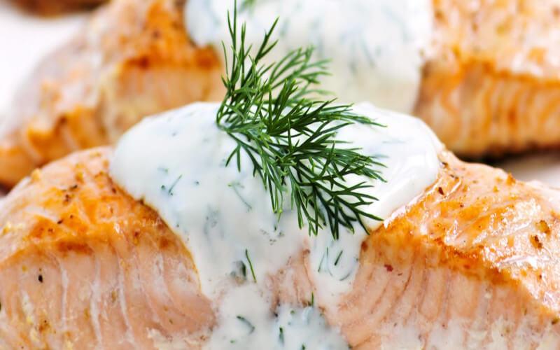 Pavés de saumon à la sauce aneth