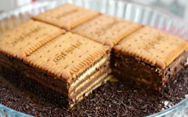 Un délicieux souvenir d'enfance Le gâteau courant familial