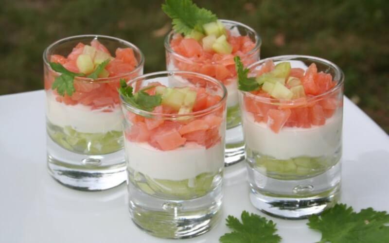 Verrines de concombre ricotta et saumon
