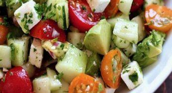 Cette salade dégonfle le ventre et donne un ventre plat