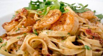 Tagliatelles aux crevettes à l'ail et parmesan