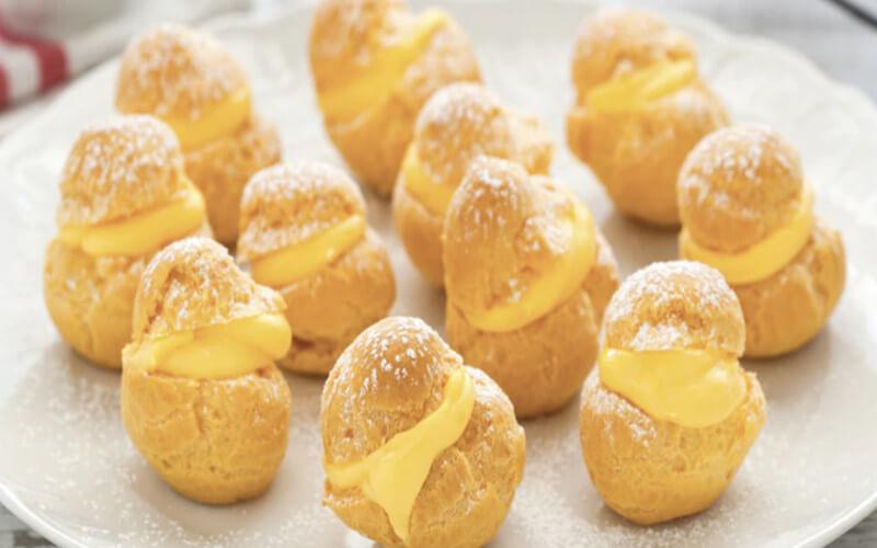 Choux à la Crème Pâtissière dessert savoureux