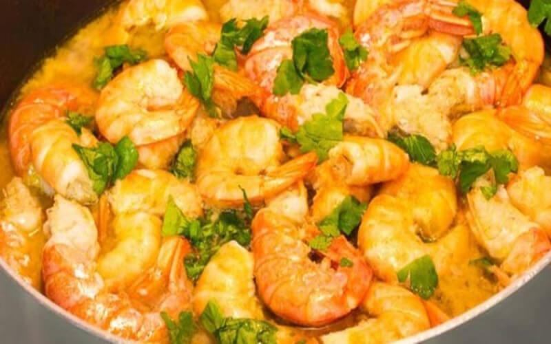 Cocotte de crevettes et langoustines en 20 minutes