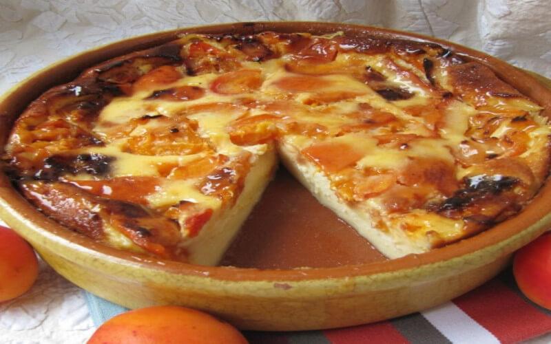 Flan aux abricots parfumé à la vanillé simple et facile