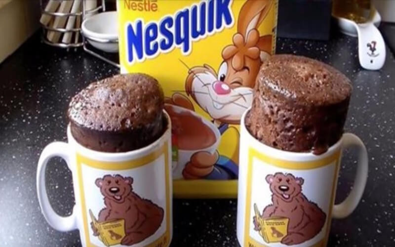 Gâteau au chocolat en 5 minutes dans une tasse
