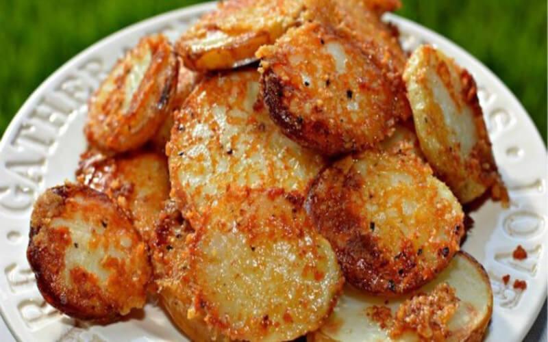 Pommes de terre gratinées au parmesan ultra fondantes