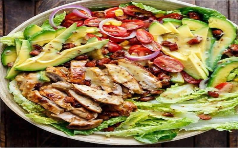 Salade de Cobb, au bacon et au roquefort
