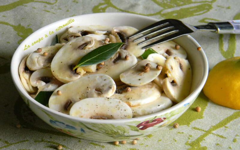 Salade de champignons cru au citron