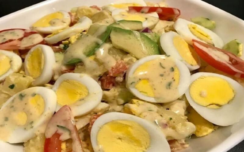 Salade de pommes de terre aux œufs