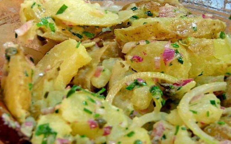 Salade alsacienne de pommes de terre et lardons