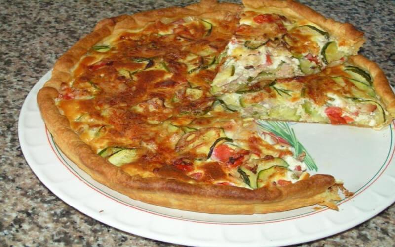 Tarte aux thon tomates et courgettes