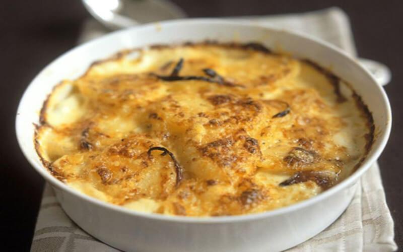 Camembert flambé au Calvados