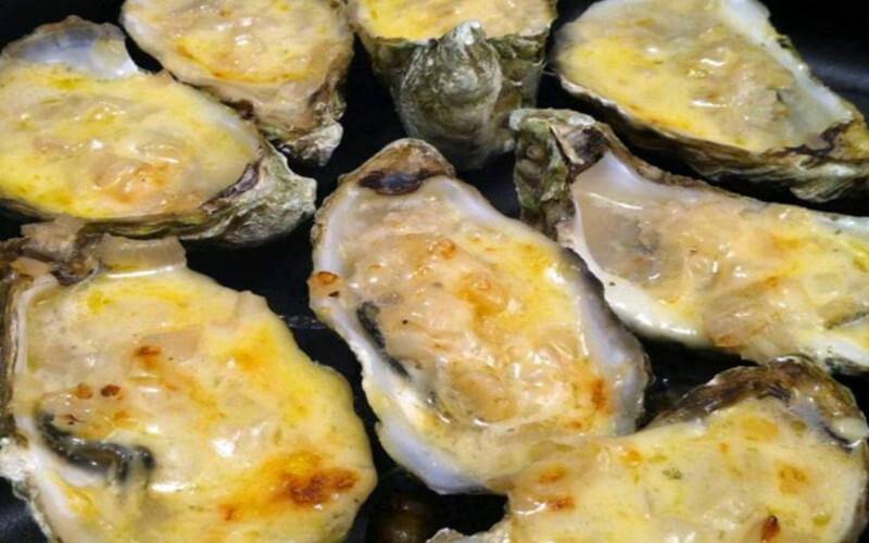 Huîtres chaudes à la crème fraîche de Normandie