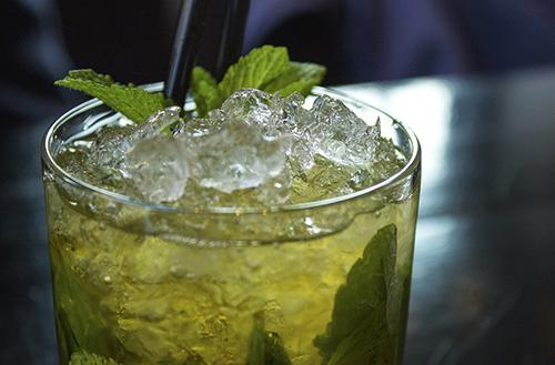 5 Idées de cocktails au champagne: Le Mojito Royal
