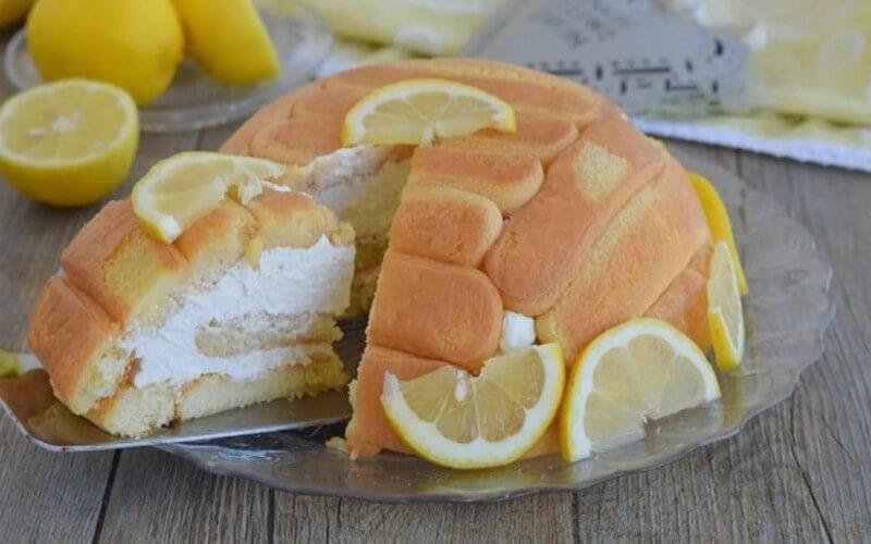 Charlotte au yaourt et citron sans cuisson