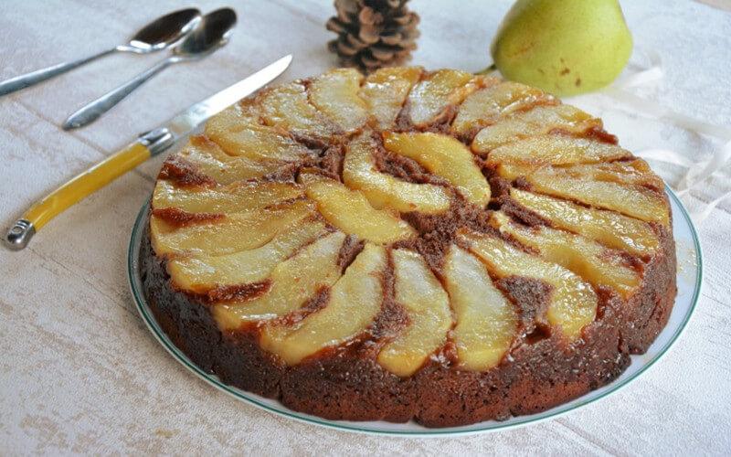 Gâteau grand-mère aux poires et chocolat