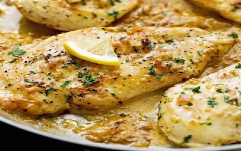 Casserole de poulet crémeux ail et citron