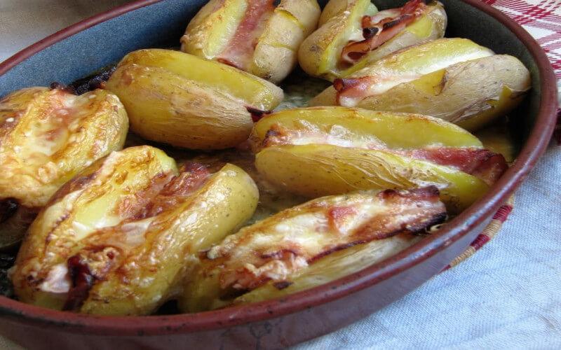 Jacket potatoes au jambon et au Maroilles