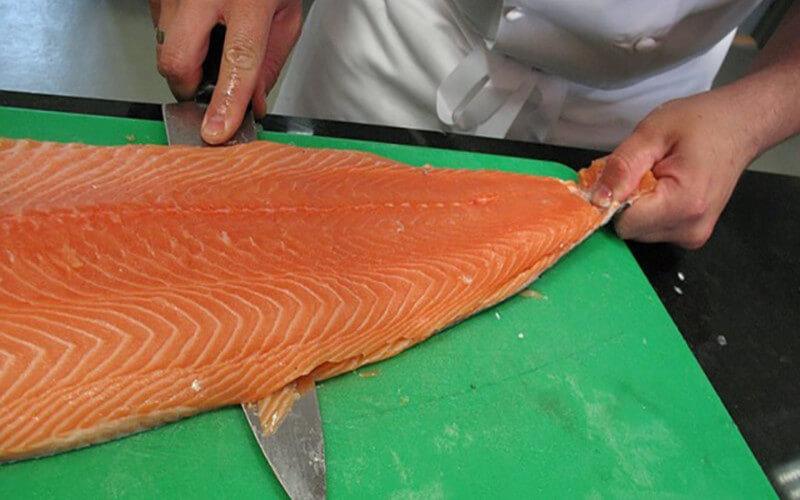 Le saumon d'élevage l'un des aliments les plus toxiques au monde