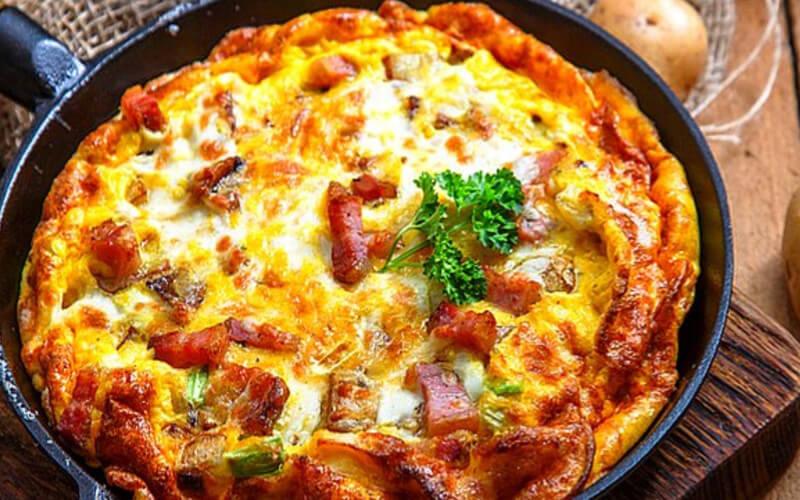 Omelette Savoyarde au reblochon et au lardon