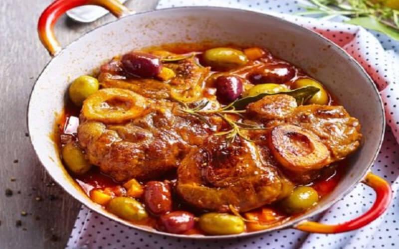 Osso bucco aux olives vertes et noires