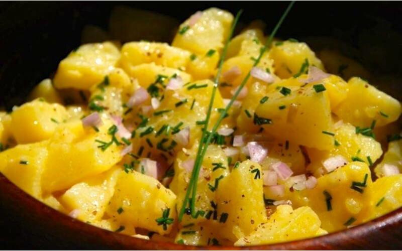 Salade de pommes de terre à la vinaigrette