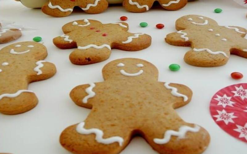 Bonhommes pain d'épice incontournables de Noël