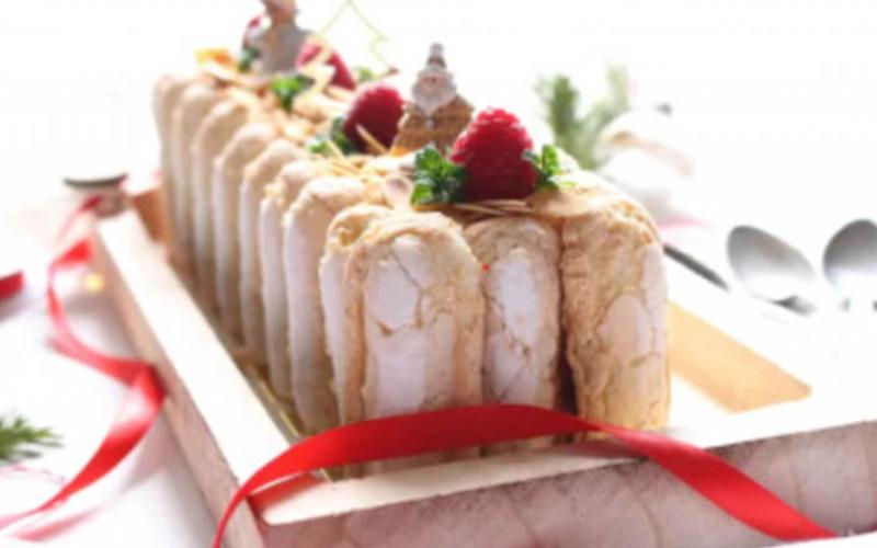 Bûche pâtissière au chocolat blanc et framboises