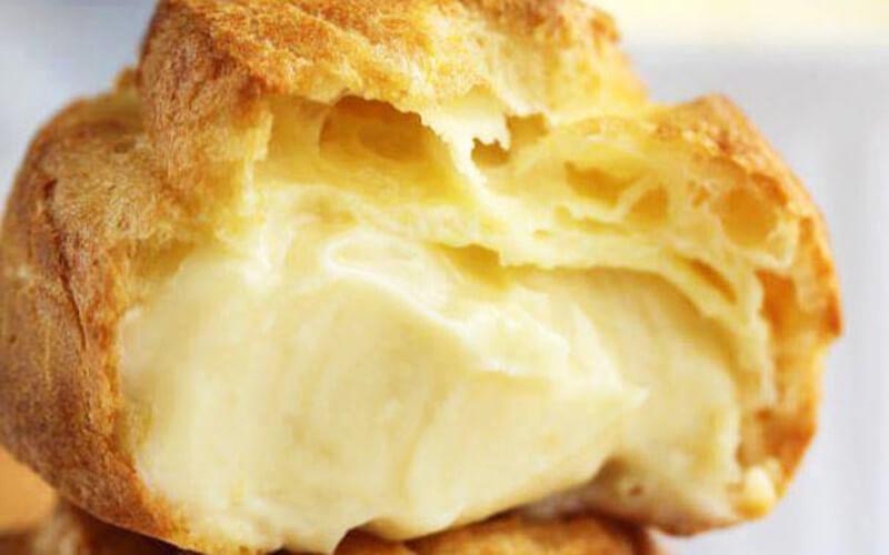 Choux à la Crème pâtissière et Crème Chantilly