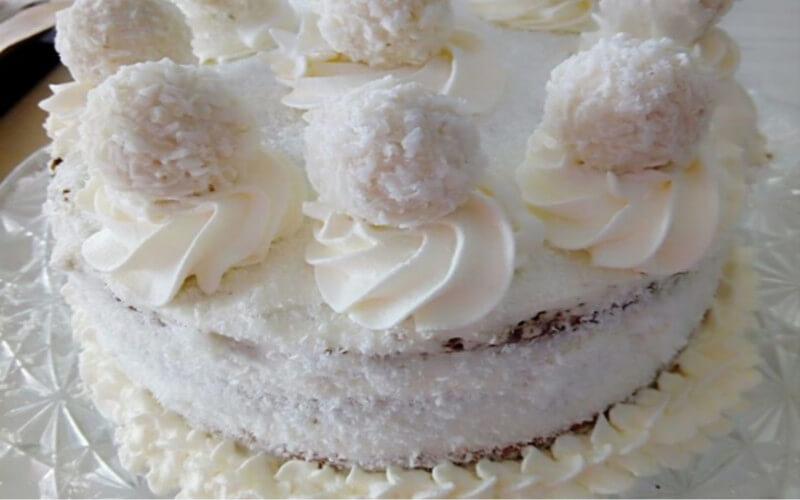 Gâteau à la noix de coco Raffaello