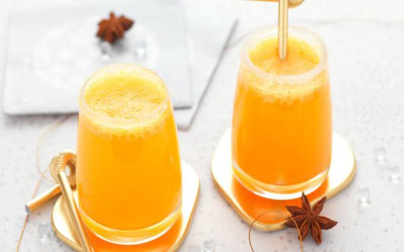 Punch de Noël cocktail alcoolisé