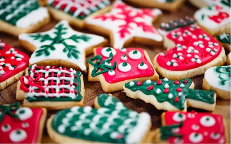 Sablés de Noël jolies formes colorés