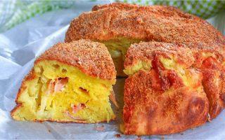 Gâteau aux pommes de terre, jambon et mozzarella