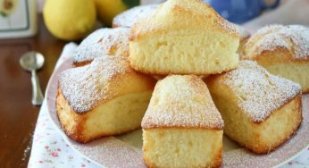 Gâteau moelleux au citron sans lait et sans beurre