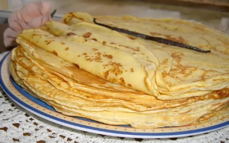 Pâte à crêpes de Cyril Lignac facile et rapide